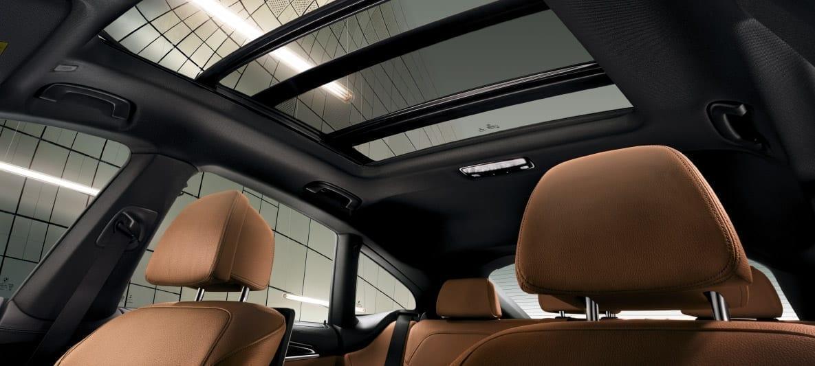 BMW Serie 6 Gran Turismo con techo de cristal