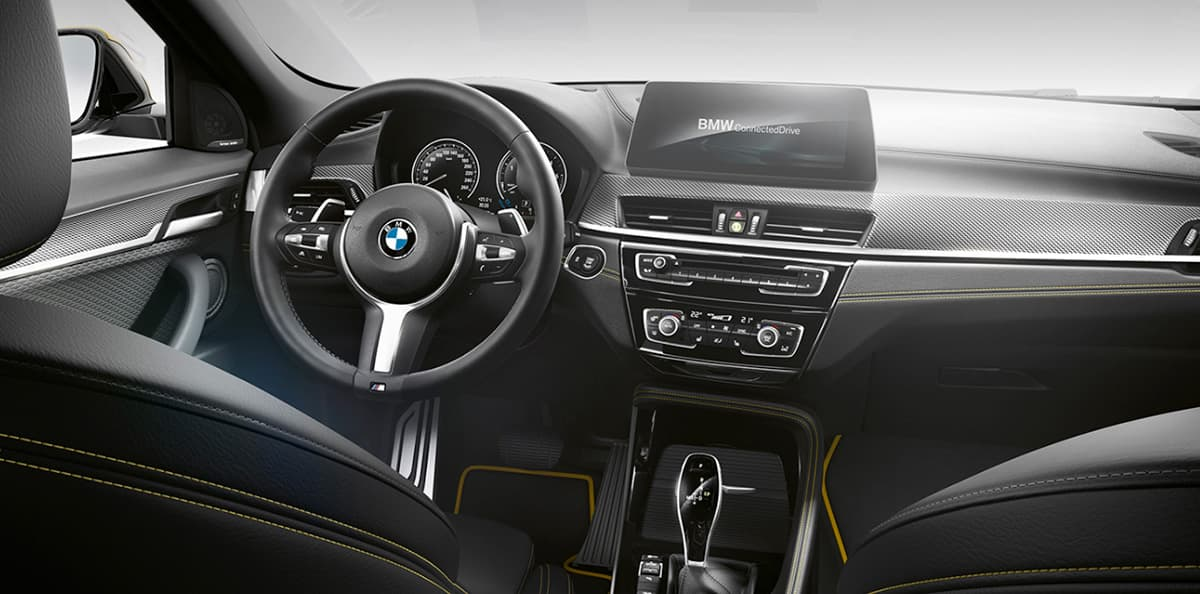 Volante de tres radios BMW X2