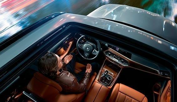 Diseño interior ergonómico del BMW X5