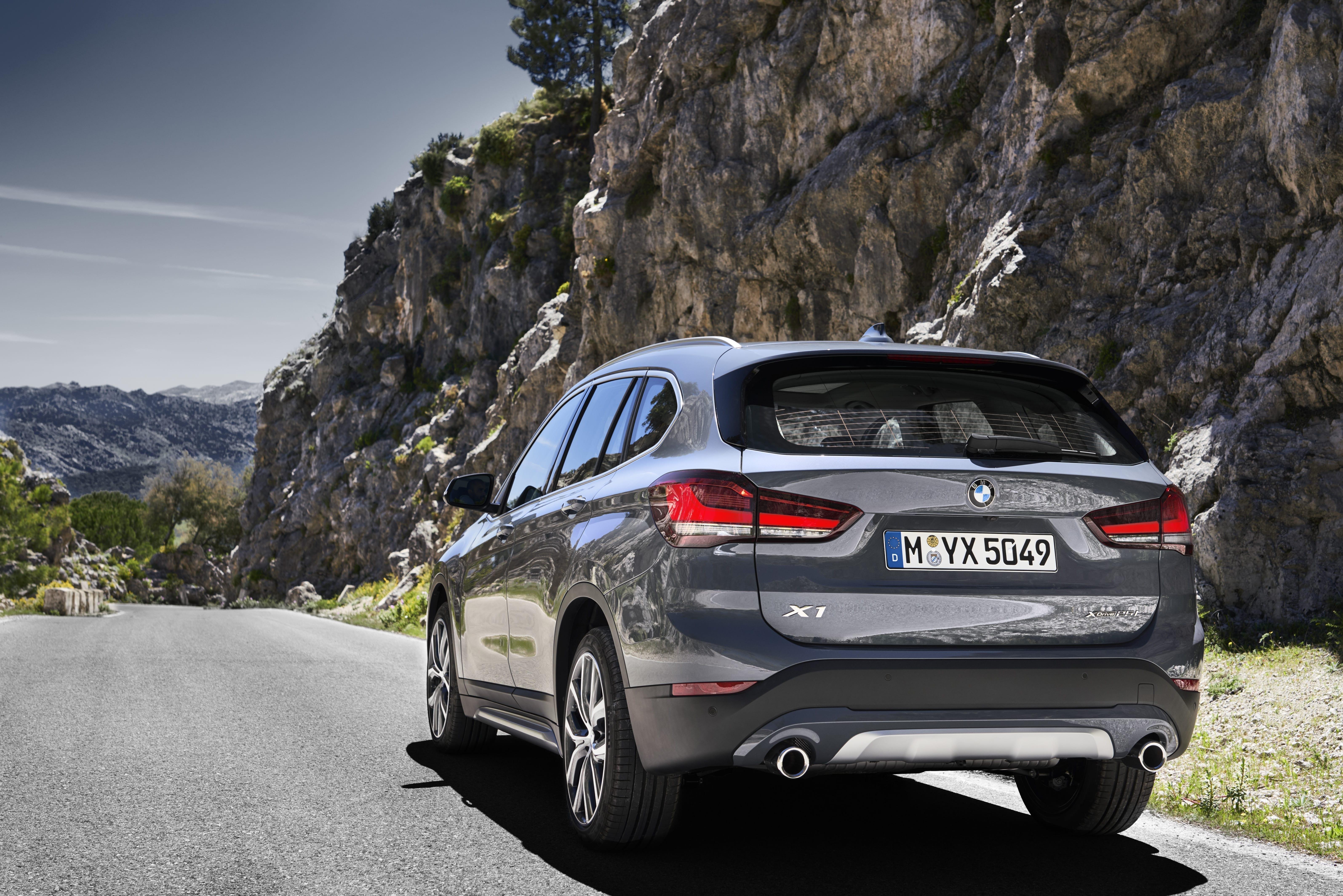 BMW X1 en carretera
